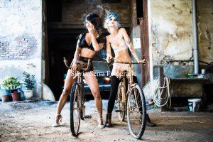 Bike color girl